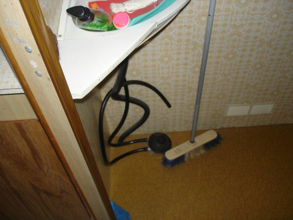1476617396_cabinet_de_toilette4.jpg