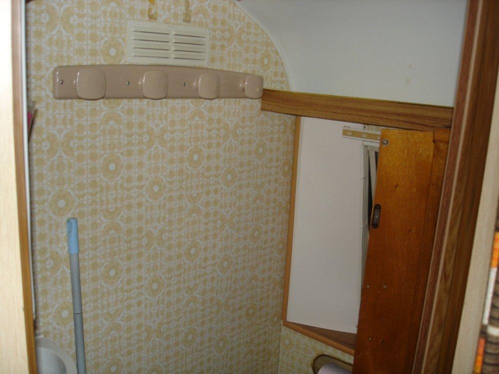 1476617450_cabinet_de_toilette3.jpg