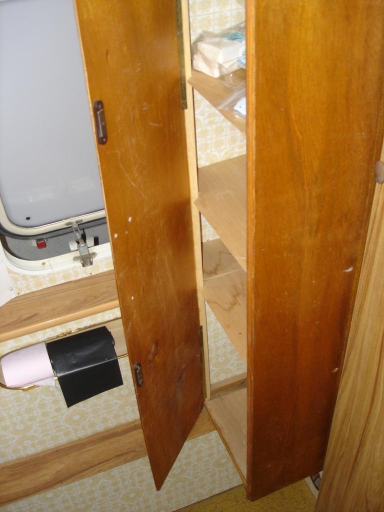 1476617490_cabinet_de_toilette2.jpg