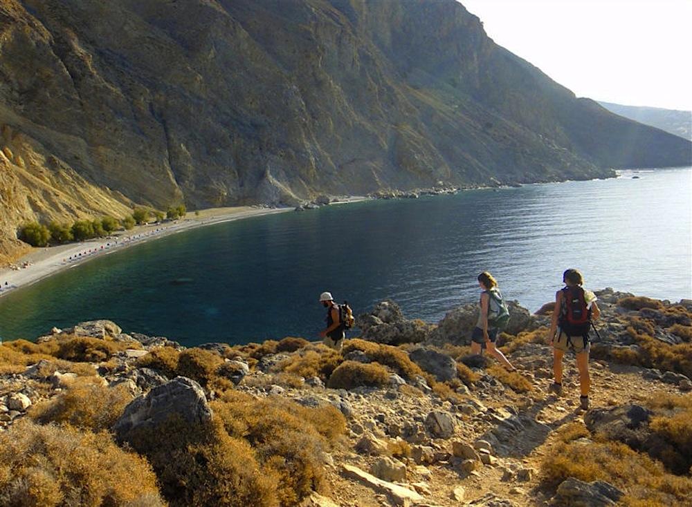 1589528669_01_nomade-aventure_rando-grece_crete_hora-skafion_370201_candice-manse-800x587.jpg